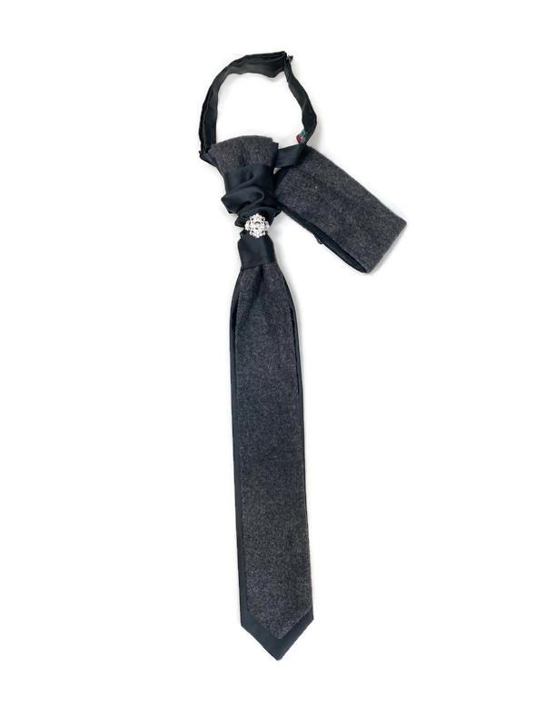 * TIE AND HANKY / GRAY / Men's Adjustable Tie and Handkerchief W/ Adornment